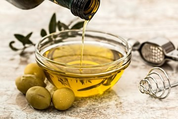 Olive oil – can you use it to fry food safely?